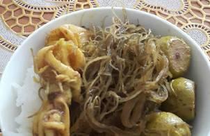 Hái sản nấu trái sung và rau câu