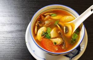 Súp tôm chua (Tom Yum Goong Thái)