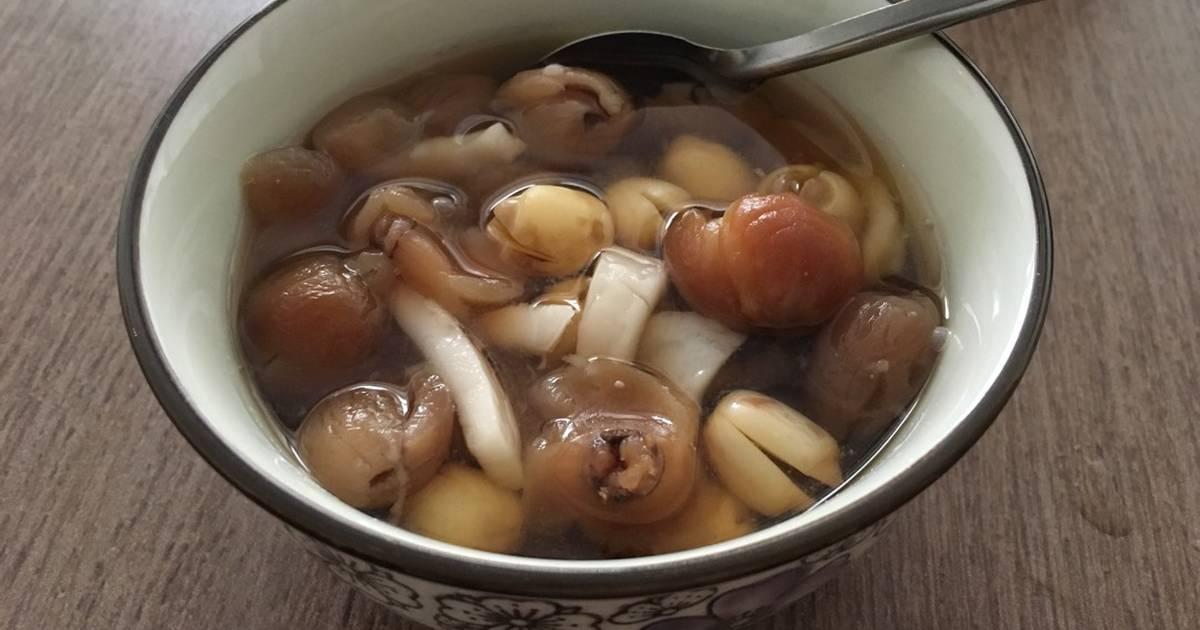 Chè hạt sen long nhãn nước dừa
