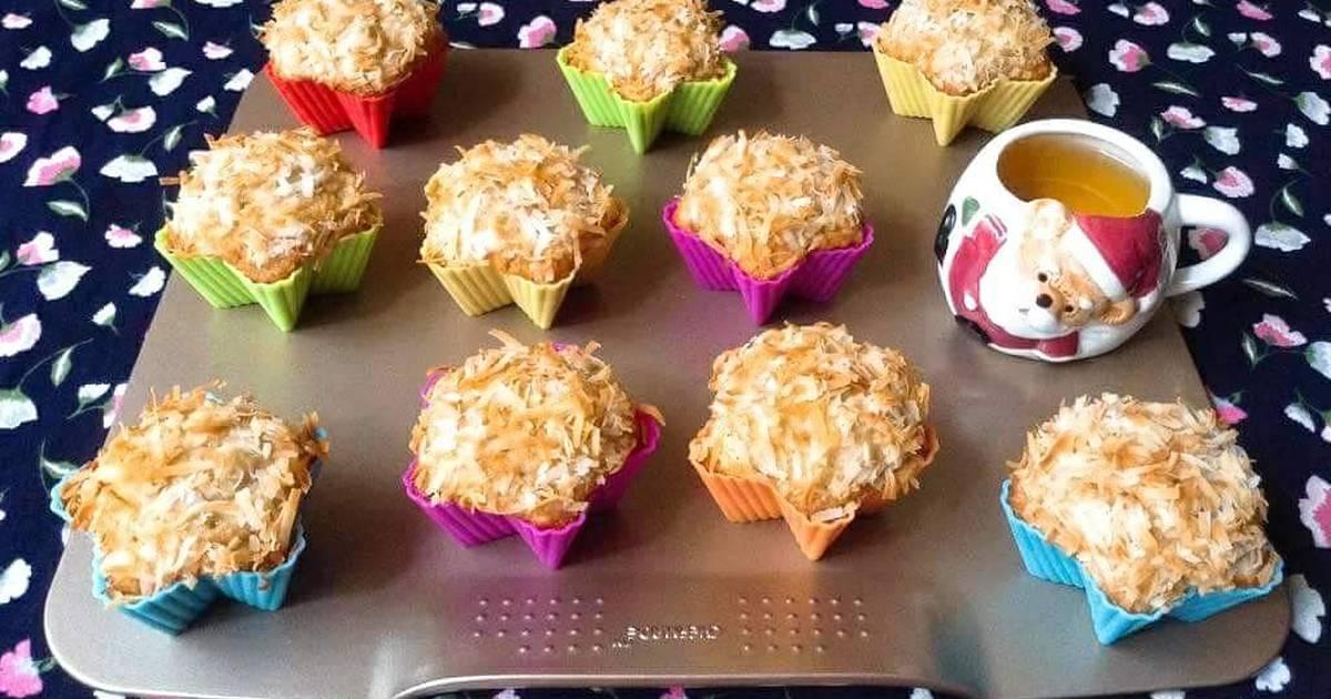 Coconut Banana Crunch Muffins