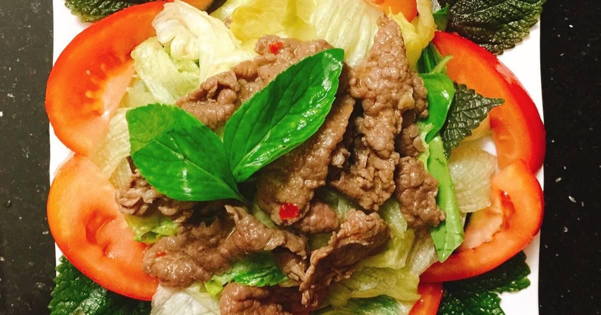 Salad xà lách trộn thịt bò