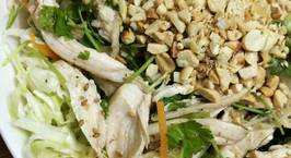 Hình ảnh món Gỏi gà rau mùi trộn bắp cải