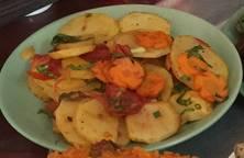 Khoai tây xào cà chua chay