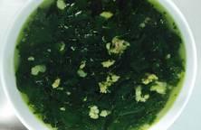 Canh rau ngót nấu với thịt băm