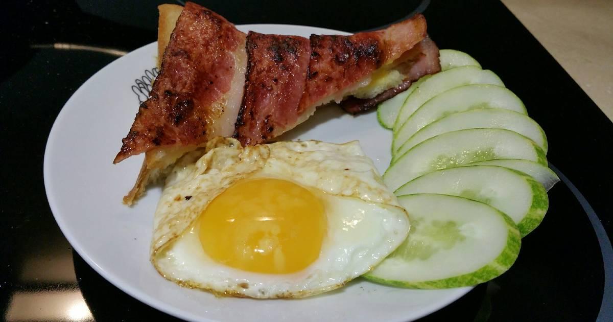 Bánh mỳ cuộn bacon và cheese