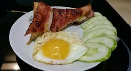 Hình ảnh món Bánh mỳ cuộn bacon và cheese