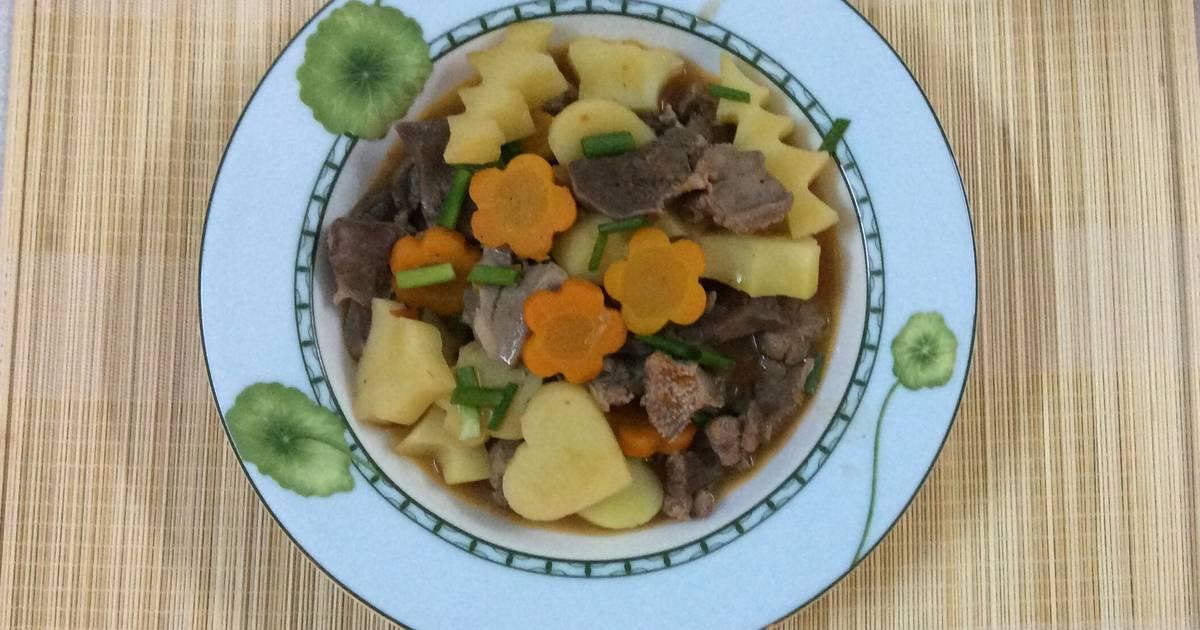 Lưỡi heo xào cà rốt và khoai tây