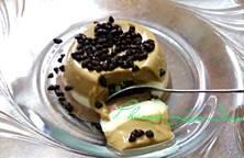 Pudding chocolate, vani, và cafe