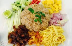 Cơm chiên mắm ruốc kiểu Thái