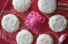 Bánh Trung thu bánh dẻo làm bằng bột nếp