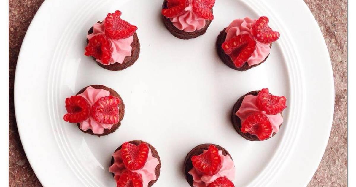 Mini Brownies , mousse quả mâm xôi