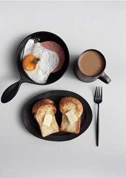 Bữa sáng tạm sống