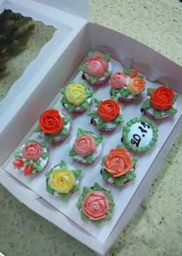 Cupcake hoa làm bằng socola