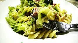 Hình ảnh món Mỳ Fusilli Với Broccoli Sốt Kem