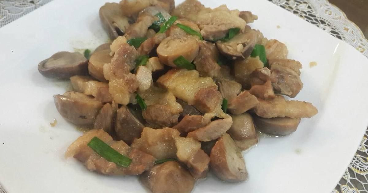 Thịt kho nấm rơm