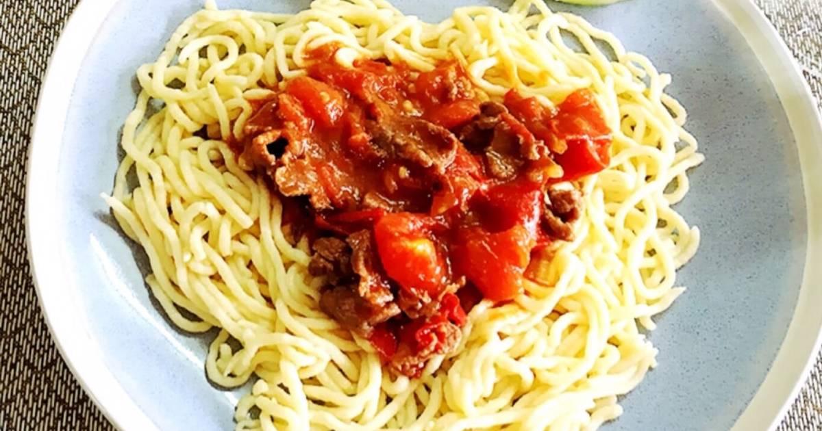 Mỳ khoai tây sốt thịt bò hoặc tôm, thịt bằm