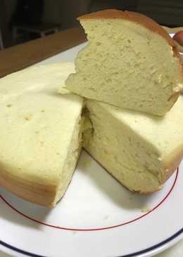 Bánh bông lan bằng nồi cơm điện