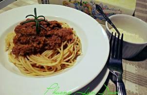 Spaghetti Bolognese (Mỳ Ý Sốt Thịt Bò Băm)