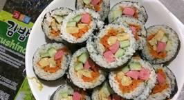 Hình ảnh món Kimpap (cơm cuộn rong biển)