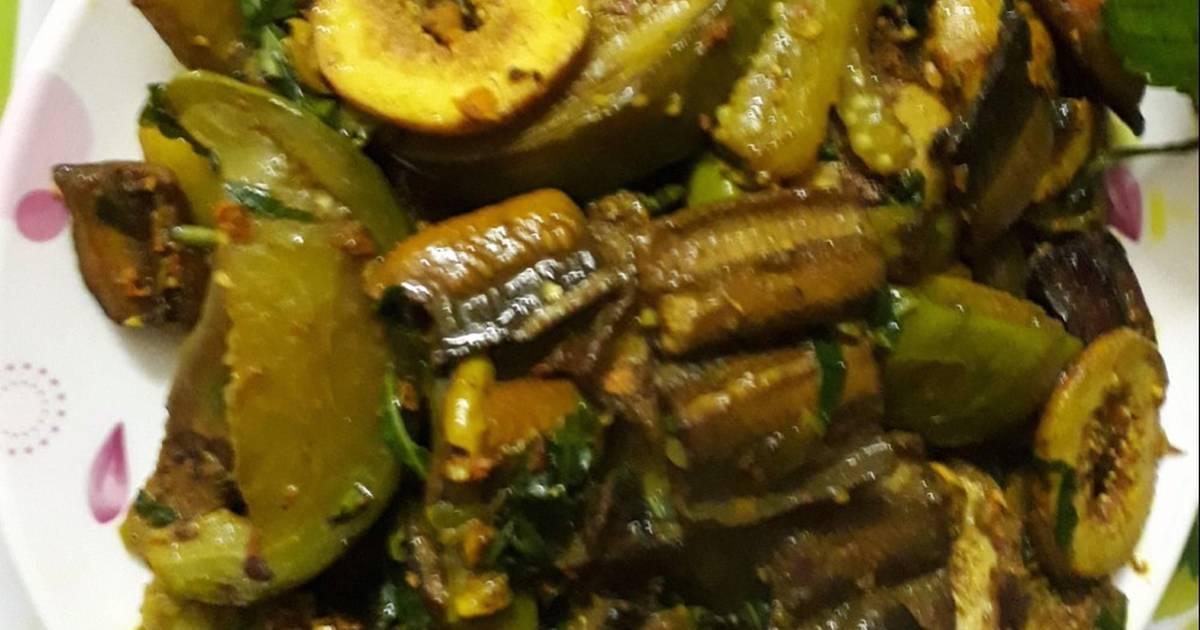 Lươn xào cà, sung nếp (đặc sản nghệ an)