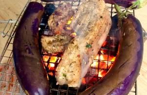 Thịt ba rọi nướng - cà tím nướng mỡ hành