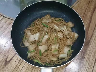 Ba rọi xào củ cải muối