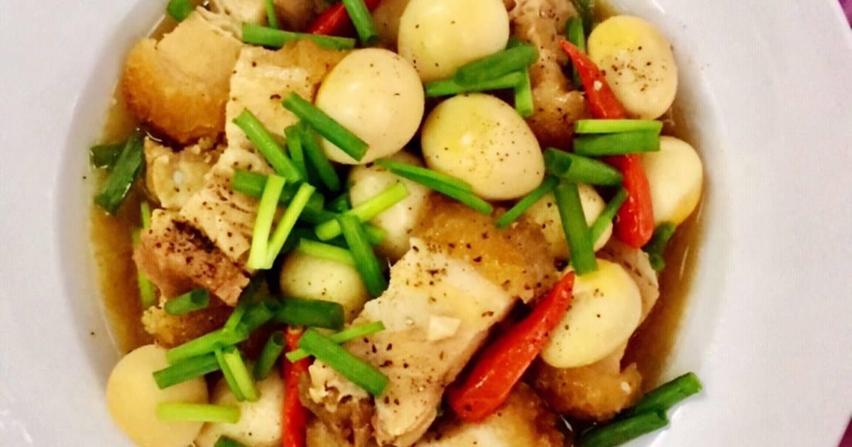 Thịt Heo Quay Kho Trứng Cút