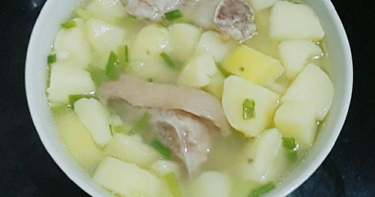 Canh khoai tây giò heo