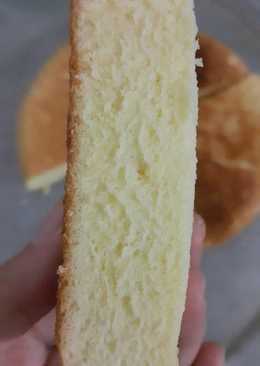 Bánh bông lan làm bằng nồi cơm điện