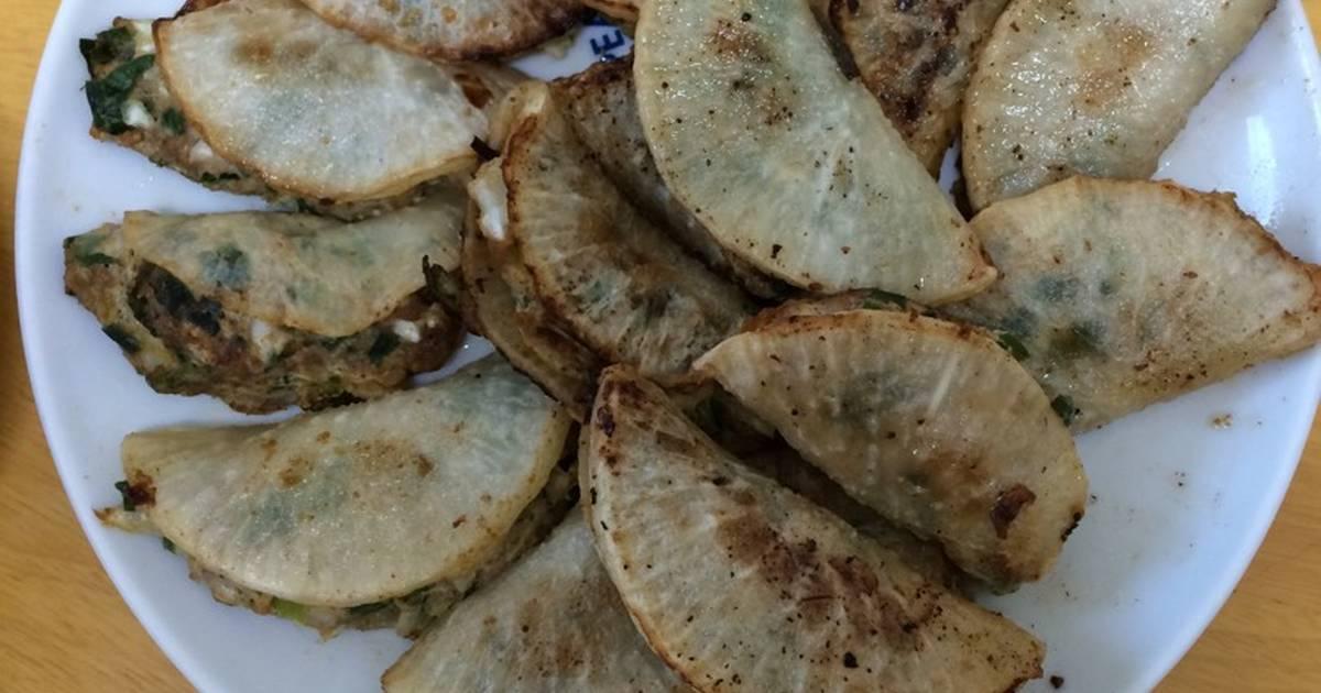 Củ cải kẹp thịt băm lá hẹ,bắp cải