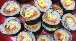 Hình ảnh món Cơm cuộn rong biển kim chi (김치김밥)