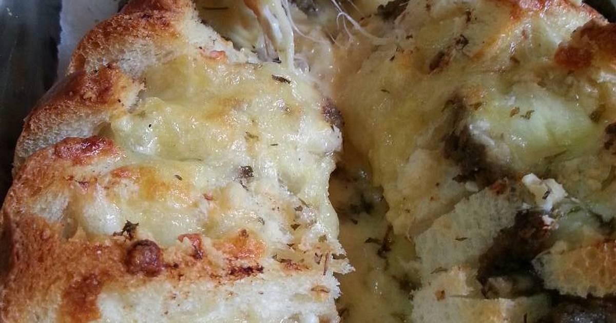 Bánh mì phủ pate và phô mai