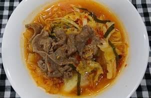 Canh kim chi nấu thịt bò