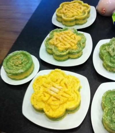 Xôi đậu xanh lá dứa vừng dừa