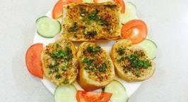 Hình ảnh món Bánh mì Baguette nướng tỏi làm món chay ngày rằm