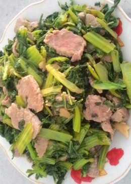 Thịt bò xào cải cay