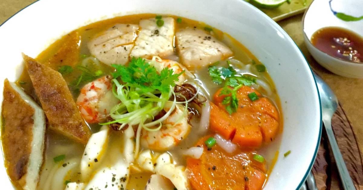 Bánh canh hải sản miền Trung