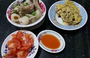 Sườn Hầm Trái Vải - Trứng Hấp Thịt & Nấm Rơm