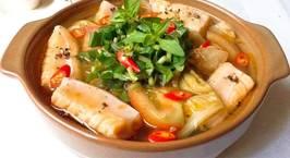 Hình ảnh món Canh cải chua nấu với lườn cá hồi