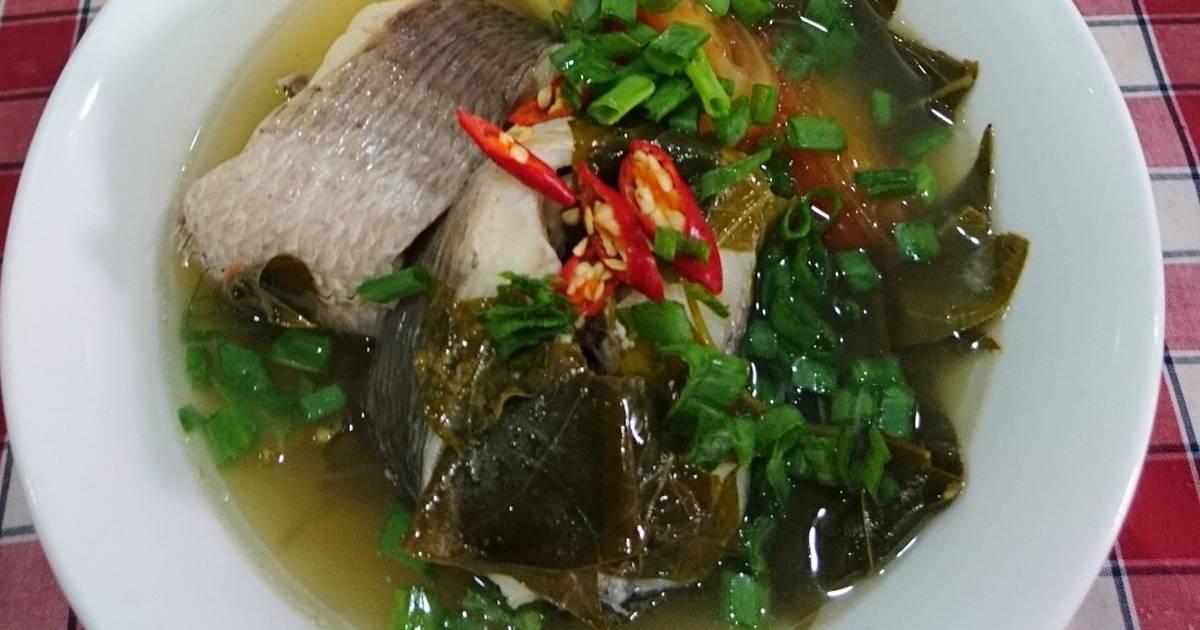 Canh chua cá lóc nấu lá giang
