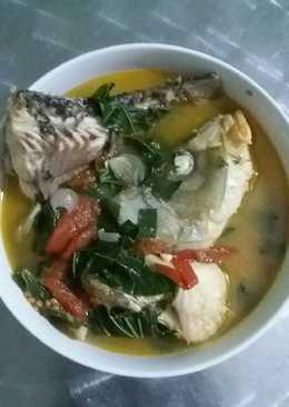 Canh cá chép nấu mẻ