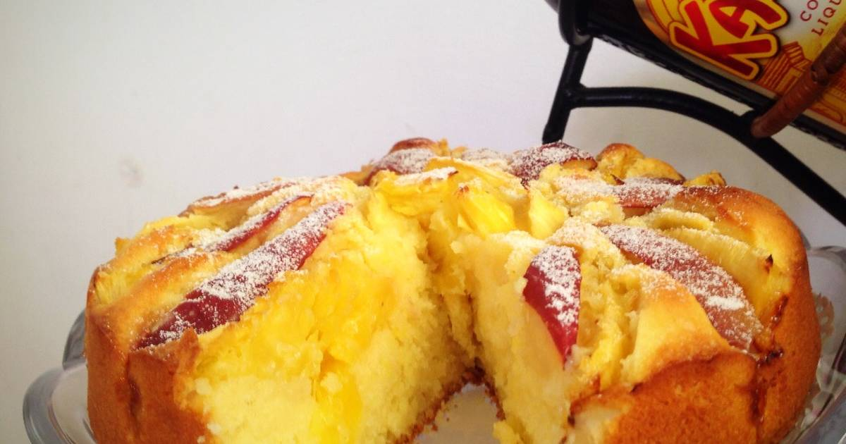 Mixed Fruits Pastry Cake (Bánh bông lan hoa quả thập cẩm)