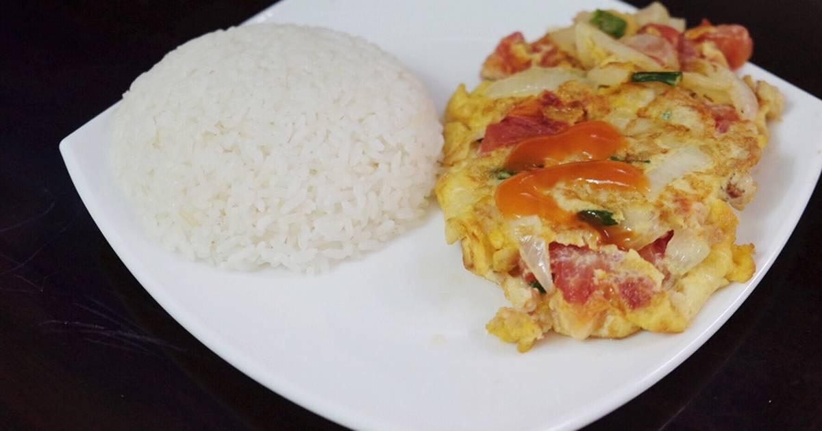 Phần cơm trứng cà chua
