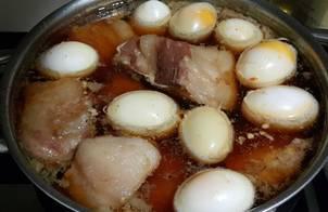 THỊT KHO TRỨNG (Thịt kho nước dừa - Thịt kho ngày Tết)