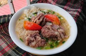 BÚN SƯỜN CHUA (cách nấu tối giản)