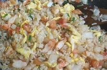 Cơm rang tôm trứng