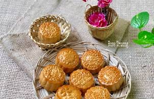 Bánh Trung Thu Nhân Sữa Dừa