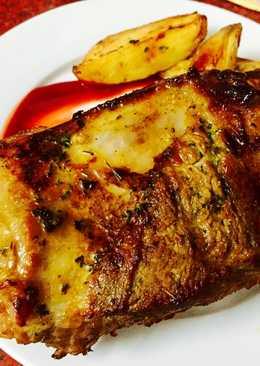 Sườn nướng tảng và khoai tây bỏ lò. 🍽🥔🍖