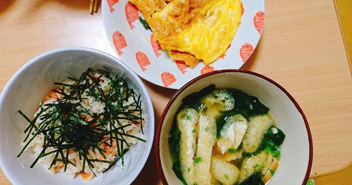 Bữa sáng vs cơm canh miso