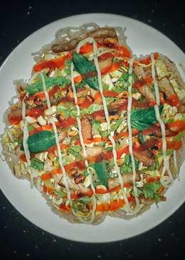 Pizza hủ tiếu